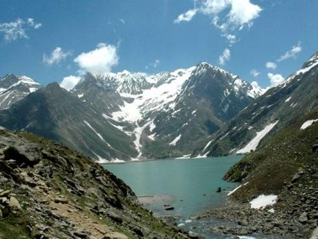 essay on beauty of jammu and kashmir