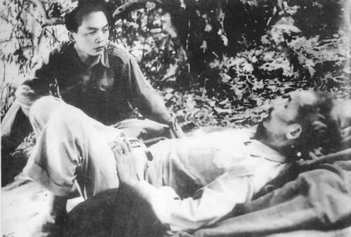 senior general vo nguyen giap essay Essay deadline: thursday  memoirs and biographies of senior commanders  the genius of vietnam's general vo nguyen giap (aurum press, 1997.