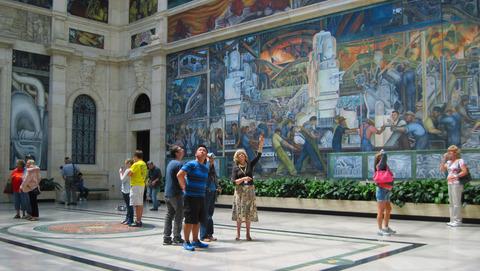 Christie s appraises the detroit institute of arts for Diego rivera mural dia